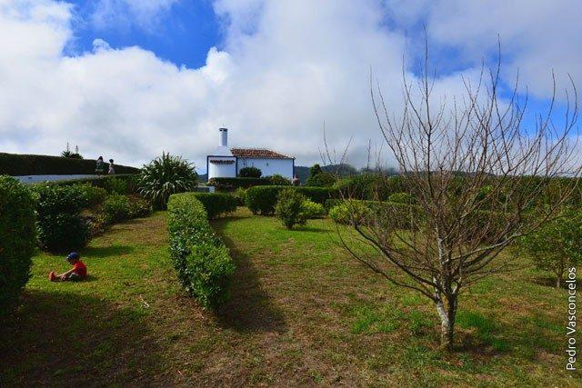 Casa do Norte – surrounding garden